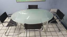 Mesa Escritório oval usada de vidro jateado