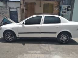 Carro astra sedan 2006/2007
