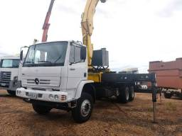 Caminhão MB 2726 Traçado com Guindaste