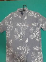Camisa masculina estruturada
