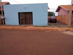 Casa + sala comercial+ lote
