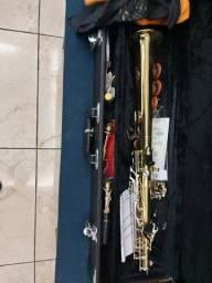 Saxofone subimos.Pouquissomo , preço de Deus R$ 700,00