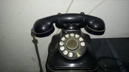Telefone antigo decorativo
