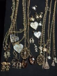 Detalhes na descrição banhada ouro