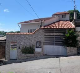 Casa duplex no Santo Agostinho