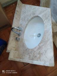 Piá de mármore