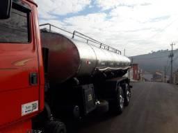 Tanque de caminhão de leite