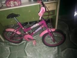 Bicicleta infantil, vendo ou troco