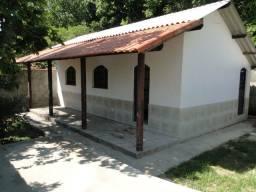 Guapimirim Casa com 2 Quartos e Garagem, Frente para Av. Dedo de Deus