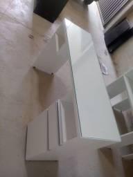 Mesa de manicure com porta e gaveta com vidro