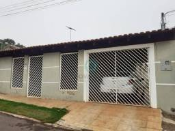 Casa com 3 dormitórios à venda, 162 m² por R$ 220.000,00 - Morada Verde - Campo Grande/MS