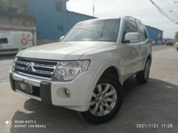 Pajero full HPE Diesel 4x4 - 3p - Particular / Muito Nova - Troco/Financio - 2011