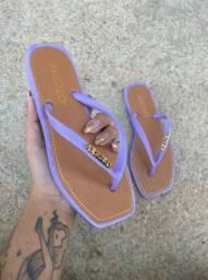Sandália no precinho