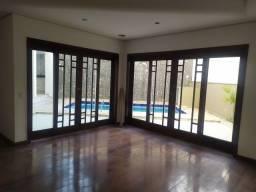 4 dormitórios 2 suítes vagas de garagem casa com piscina