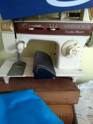 Máquina de costura toda original