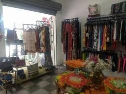 Boutique de roupas femininas e masculinas e acessórios ( Hering, Dzarm e Gatabakana )