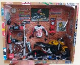 Diorama Oficina de Moto Honda 600