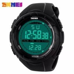 Relógio Digital Esportivo Skmei Prova D'água Alarme Cronômetro