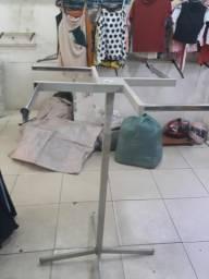 Arararas de roupas