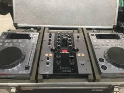 Kit DJ Pionner 350 + Mixer 250