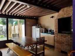 Casa · 148m² · 3 Quartos · 2 Vagas