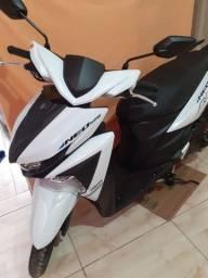 Moto Yamaha Neo USB 125cc Automática