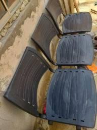 Cadeiras de espera  de 3 lugares
