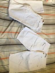 Vendo três calças e um short