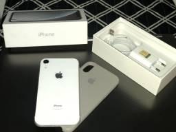 iPhone XR 64 Gb completo novo na garantia!