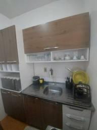 Armário de cozinha semi novo (com bancada)