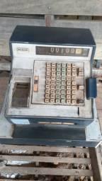 Máquina de dinheiro antiga