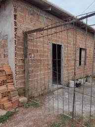 Vendo esta casa de ovenaria em fase de construção e acabamento