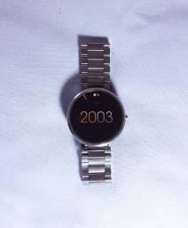 Relógio Smartwatch moto 360 1° geração pulseira de aço prata usado! Somente para venda!