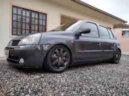 Clio 2005 1.0 legalizado