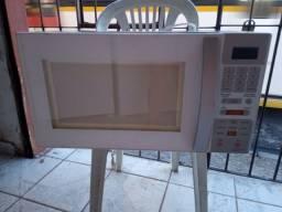 Microondas Brastemp ative 31 litros ZAP 988-540-491 aceito cartão dou garantia