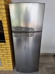 Refrigerador CRM39 Consul semi-nova