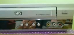 Aparelho vhs e dvd em único aparelho LG