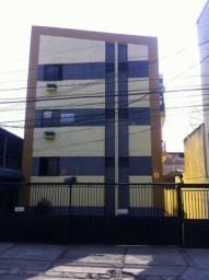 Apartamento 2 quartos na Av Felipe Uebe