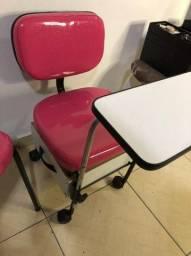 Cadeira e Cirandinha manicure