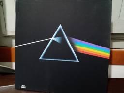 LP disco de Vini Pnk Floyd Dark Side of the Mon importado .