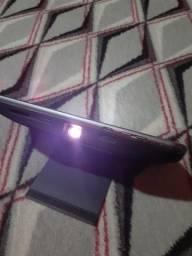 Vendo / troco esse projetor de imagem da linha moto Z /troco no celular