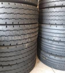 pneus 275/80 r22,5