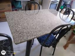 Mesa mármore com 4 cadeiras