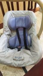 Bebê conforto usado,marcas de uso, opção de comprar a capa e colocar do seu gosto