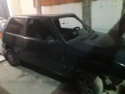 Fiat uno 2010, batida de frente
