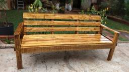 bancos de madeira de paletes