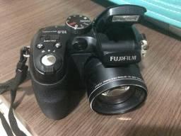 Máquina fotográfica semi profissional