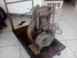 Motor Agrale M85