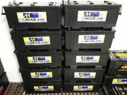 Baterias semi-novas 150ah com 03 meses de garantia todas muito bem conservadas