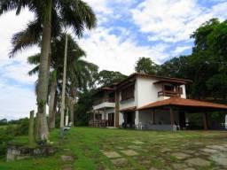 Casa duplex com área grande próxima a Iriri - Anchieta ES